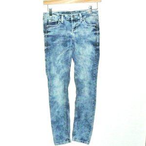 Revolt Jeans